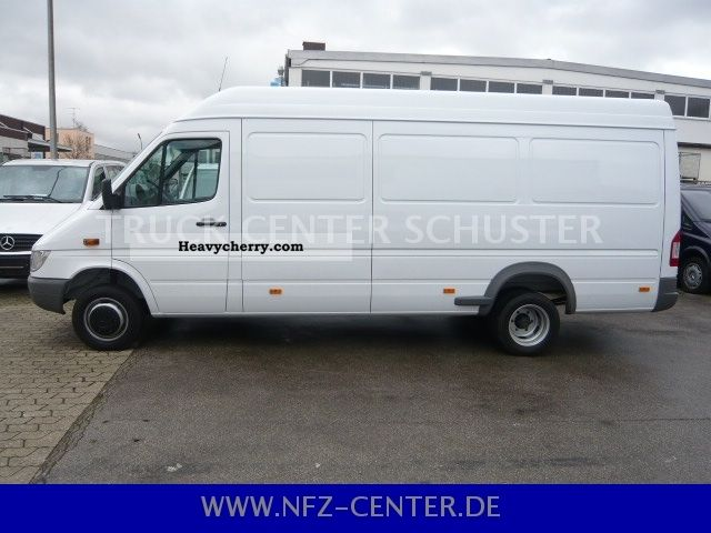 Mercedes-Benz Sprinter 415 2011 photo - 7