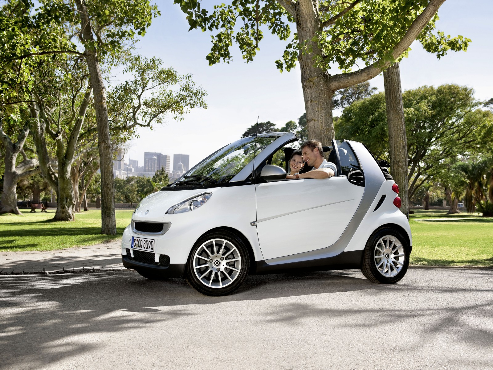 Smart Fortwo 0.8 2010 photo - 2