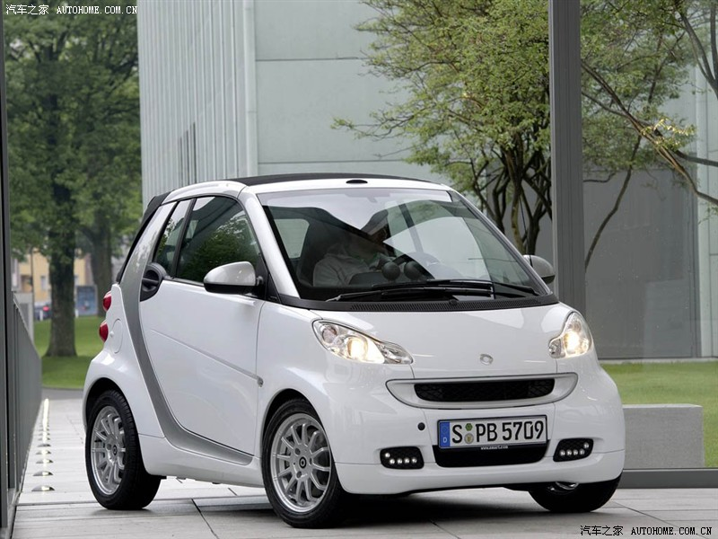 Smart Fortwo 1.0 2009 photo - 11