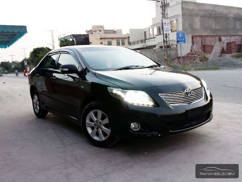 Toyota Corolla 1.8 2009 photo - 11