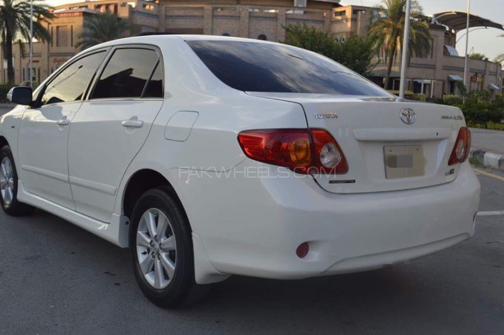 Toyota Corolla 1.8 2009 photo - 12
