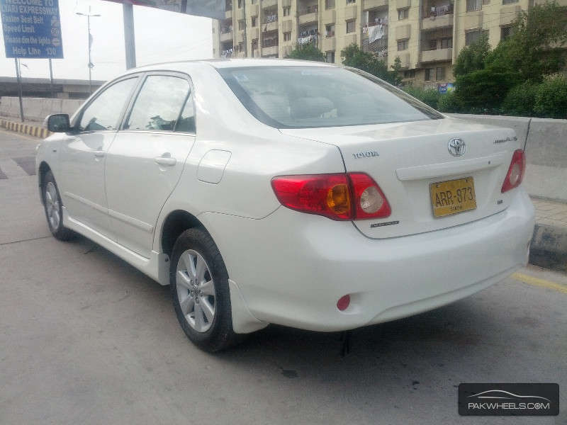 Toyota Corolla 1.8 2009 photo - 9
