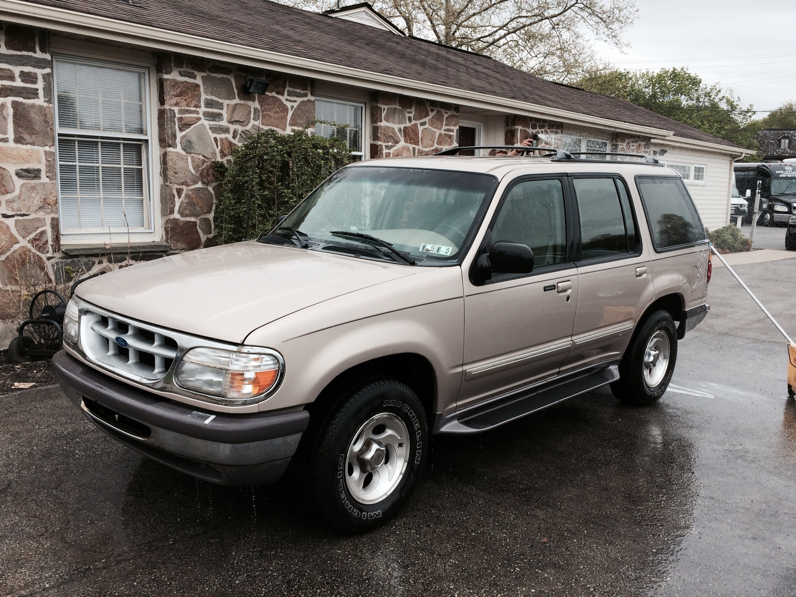 Ford explorer 4 9 1997 technical specifications interior - Ford explorer exterior dimensions ...
