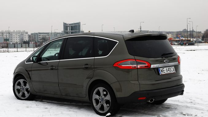 Ford S Max 20 2012