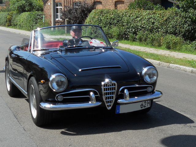Alfa Romeo Giulietta 1.3 1962 photo - 11