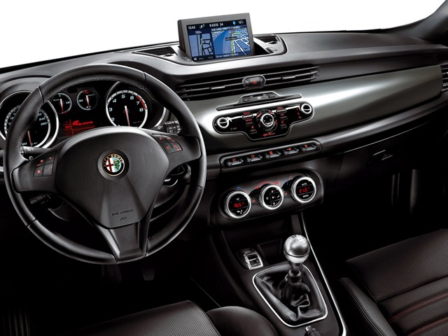 Alfa Romeo Giulietta 1.4 2014 photo - 3
