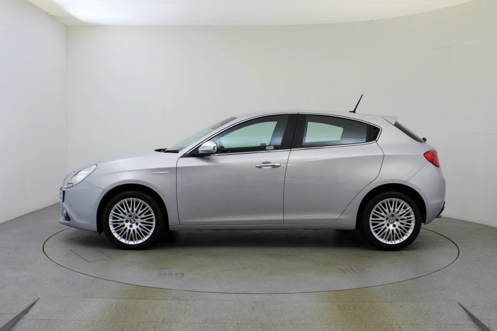 Alfa Romeo Giulietta 1.6 2006 photo - 4