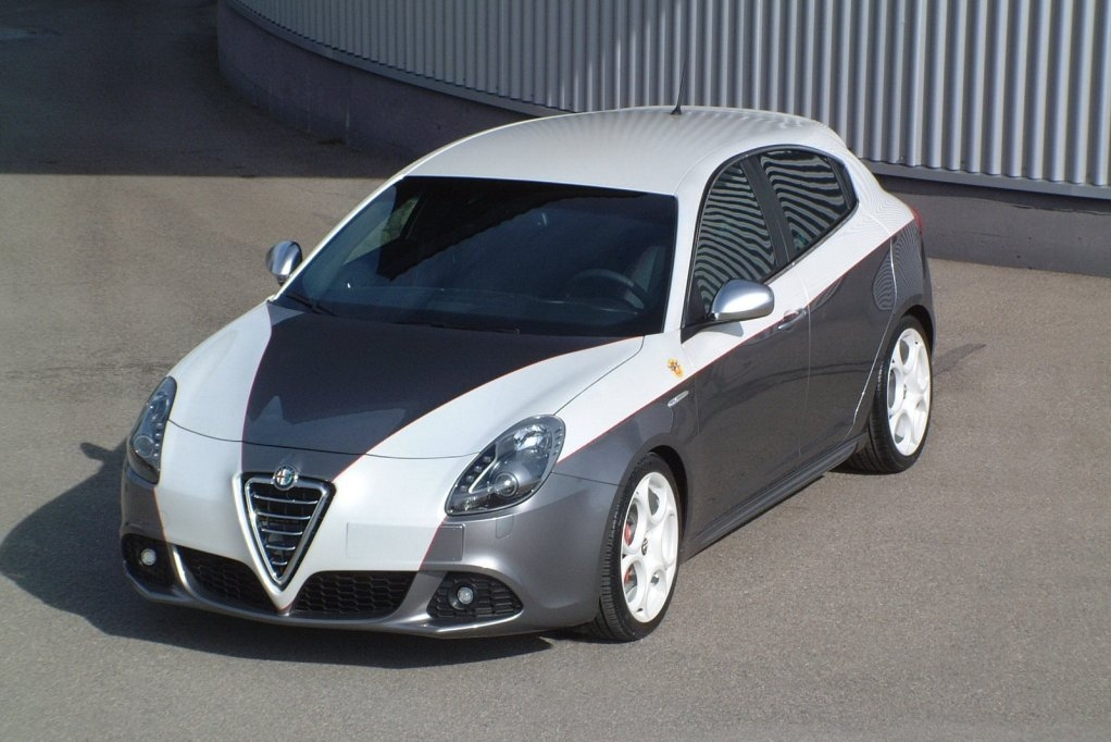 Alfa Romeo Giulietta 1.8 2009 photo - 12