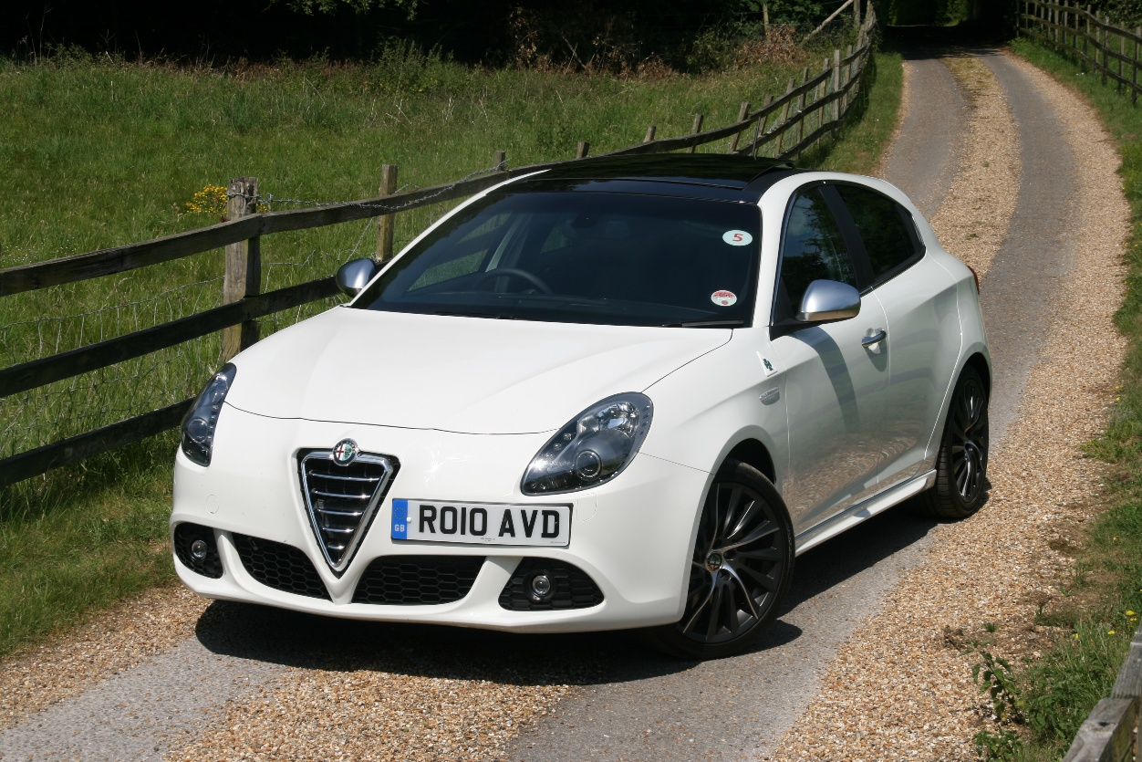 Alfa Romeo Giulietta 1.8 2010 photo - 3