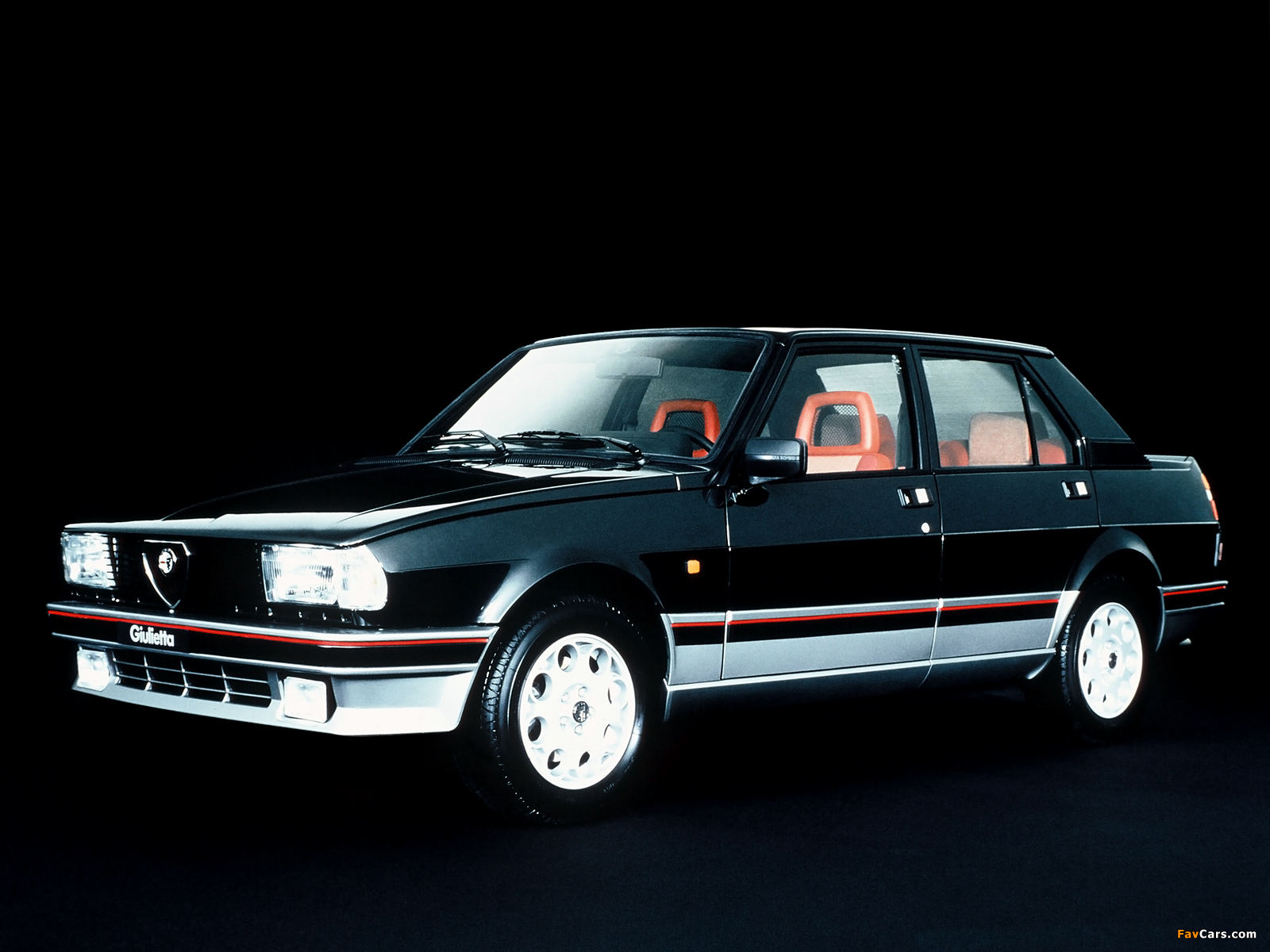 Alfa Romeo Giulietta 2.0 1985 photo - 10
