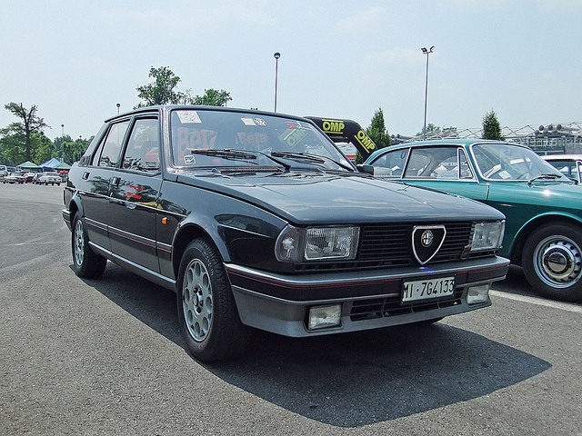 Alfa Romeo Giulietta 2.0 1985 photo - 2