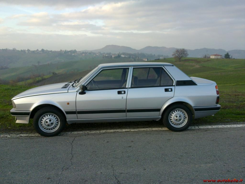 Alfa Romeo Giulietta 2.0 1985 photo - 6