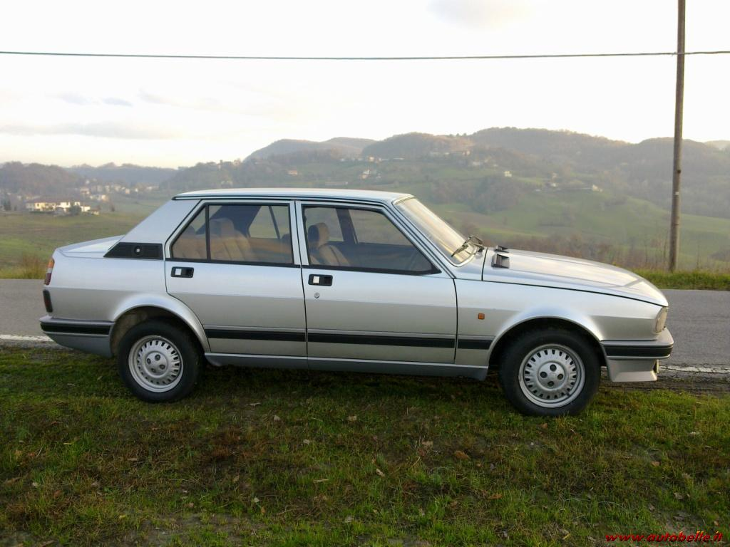 Alfa Romeo Giulietta 2.0 1985 photo - 8