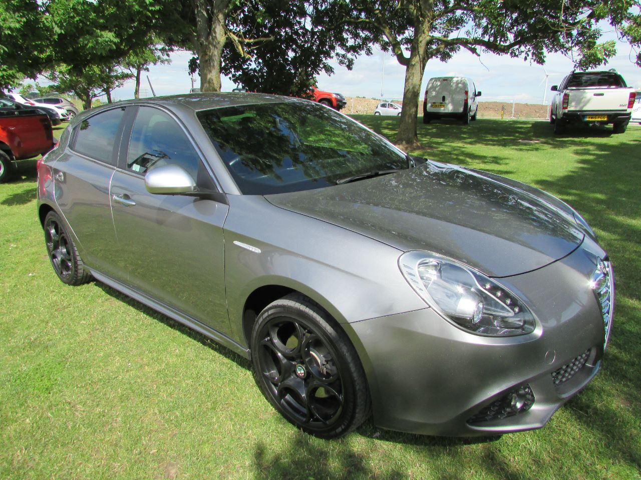 Alfa Romeo Giulietta 2.0 2000 photo - 3