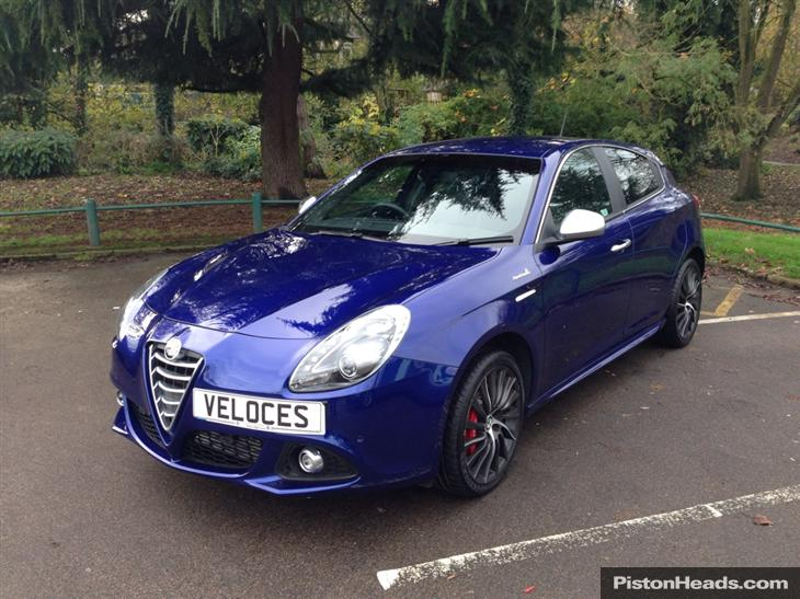 Alfa Romeo Giulietta 2.0 2000 photo - 4