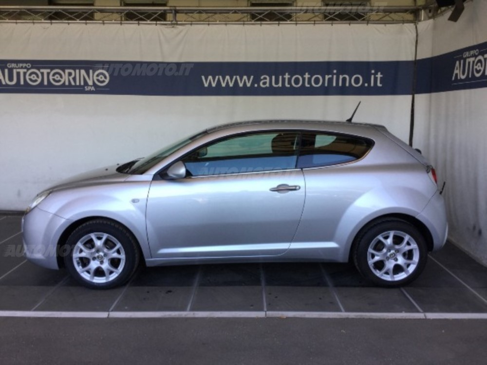 Alfa Romeo MiTo 1.6 2009 photo - 12