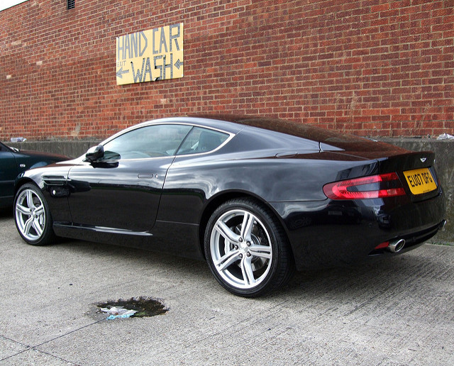 Aston Martin DB9 5.9 2007 photo - 1