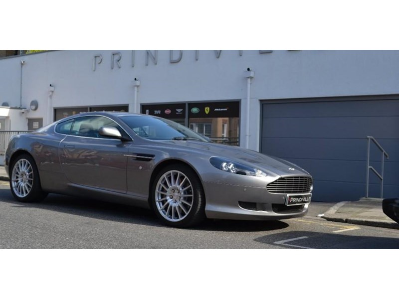 Aston Martin DB9 5.9 2007 photo - 5