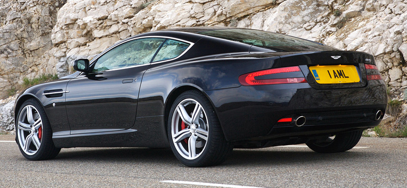 Aston Martin DB9 5.9 2008 photo - 12