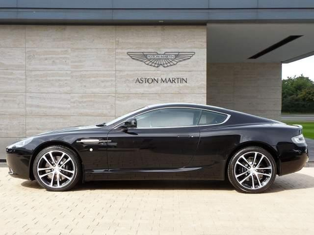 Aston Martin DB9 5.9 2011 photo - 9