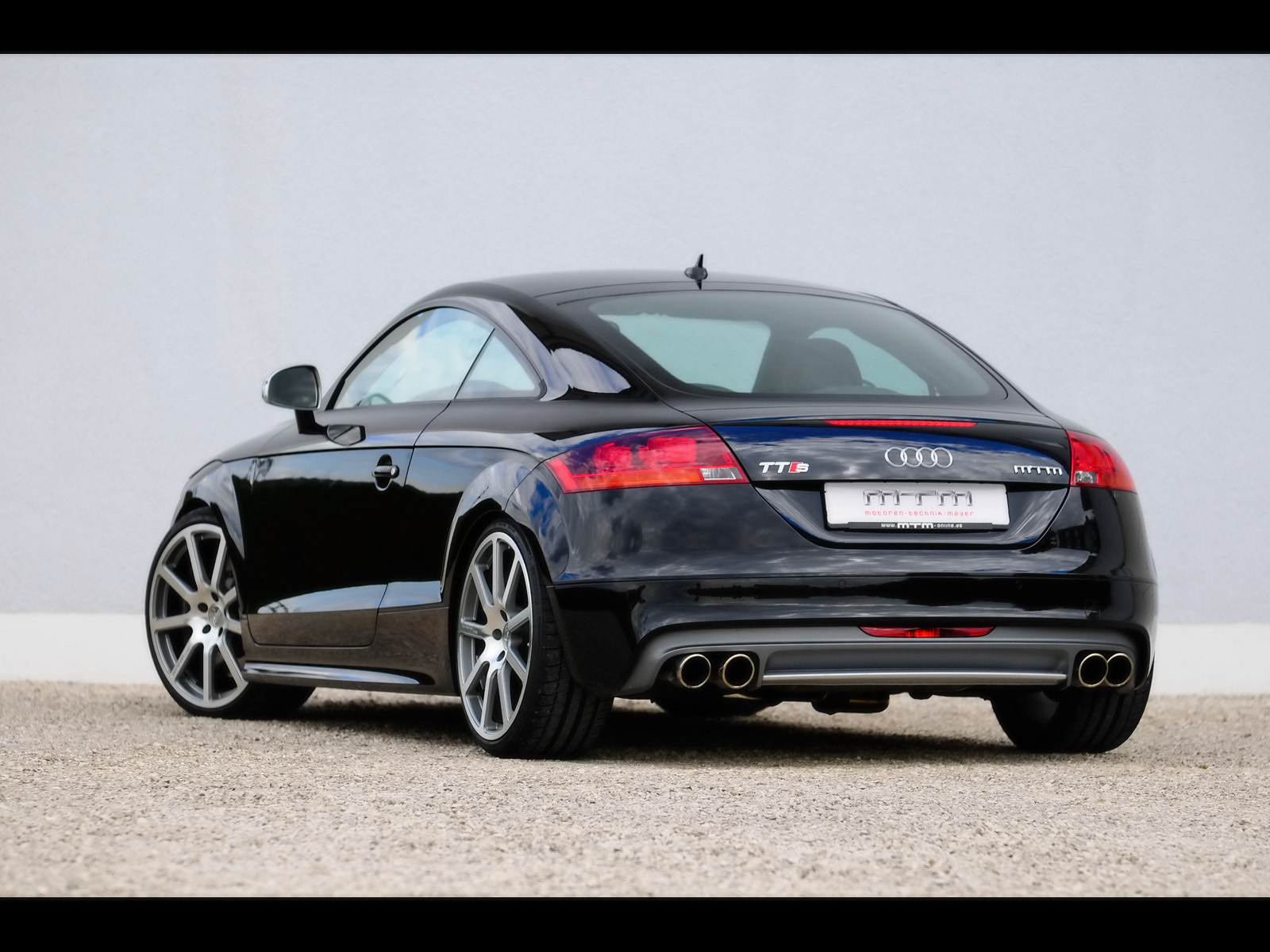 audi tt 2 0 2009 technical specifications interior and exterior photo. Black Bedroom Furniture Sets. Home Design Ideas