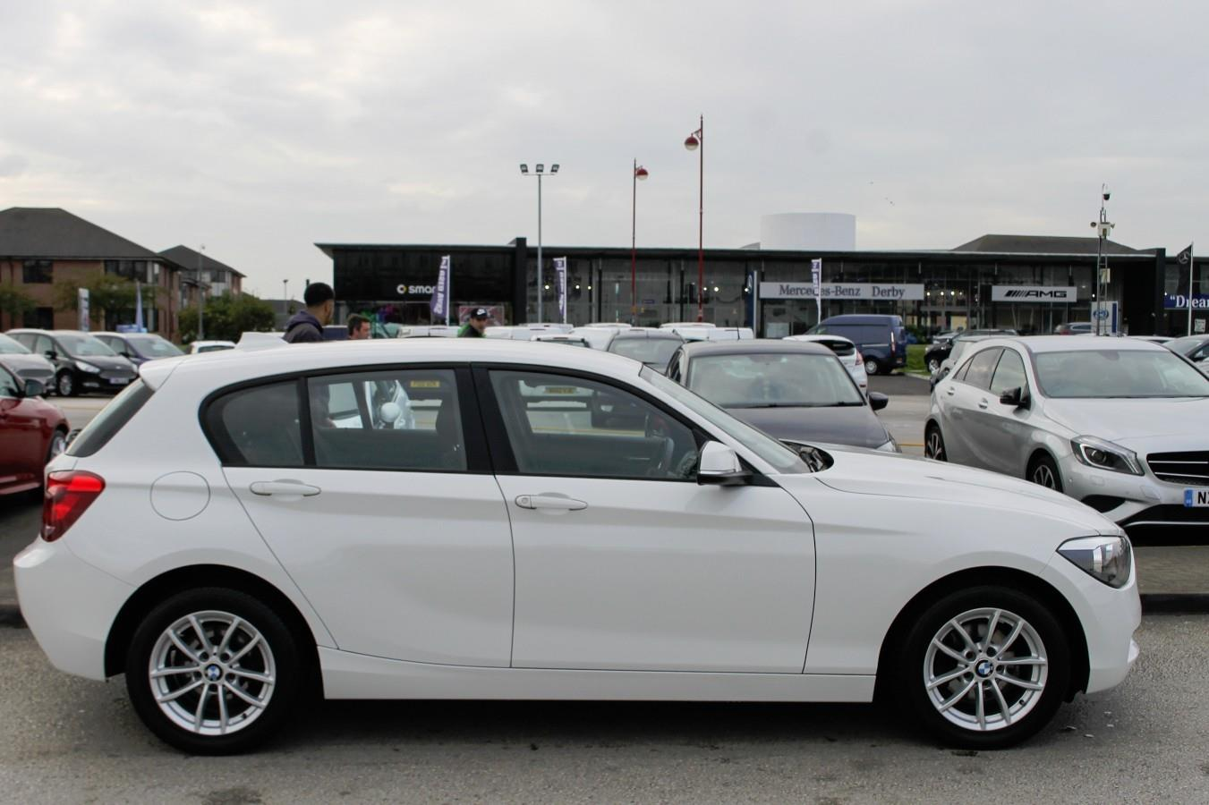 BMW 1 series 116d 2013 photo - 3