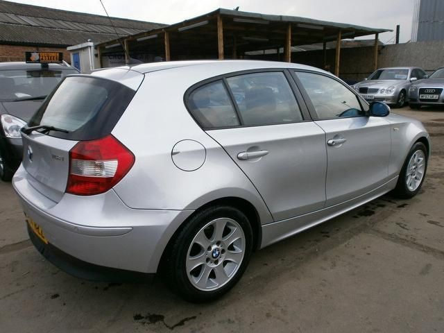 BMW 1 series 116i 2004 photo - 5