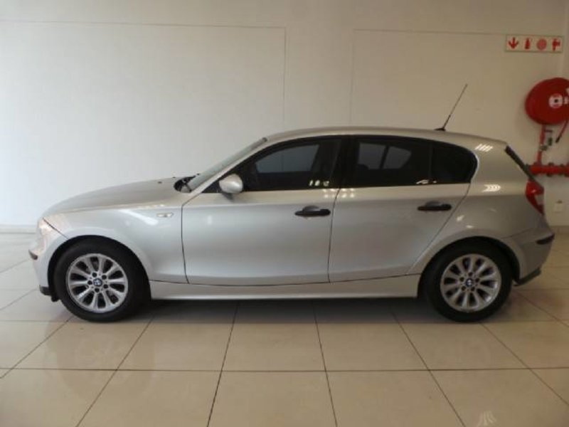 BMW 1 series 116i 2007 photo - 4