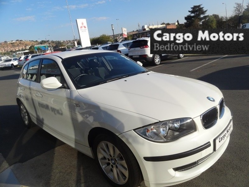 BMW 1 series 116i 2011 photo - 3