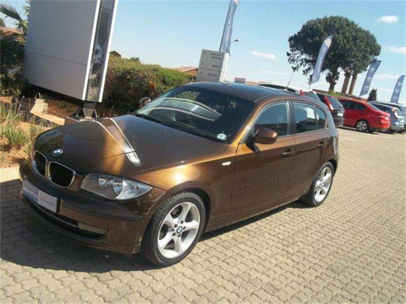 BMW 1 series 116i 2011 photo - 5