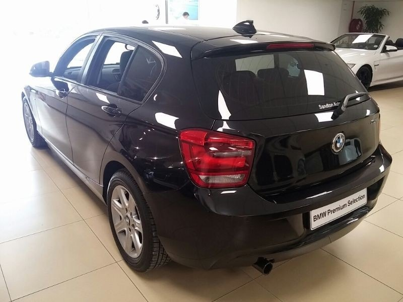 BMW 1 series 116i 2011 photo - 7