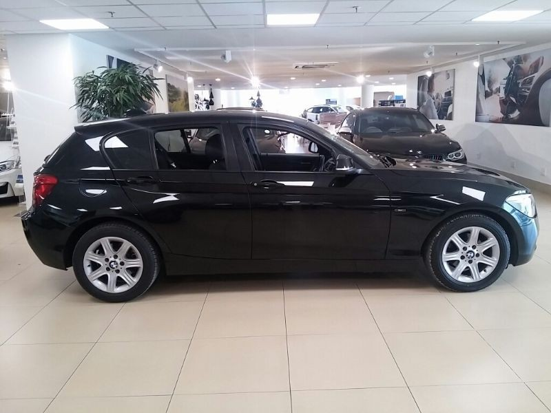 BMW 1 series 116i 2011 photo - 8