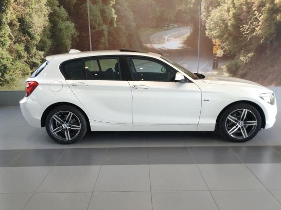 BMW 1 series 116i 2014 photo - 1