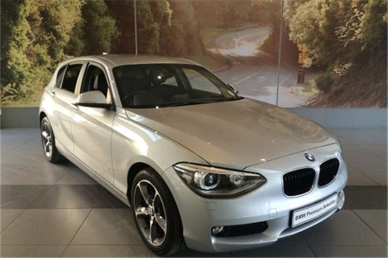 BMW 1 series 116i 2014 photo - 2