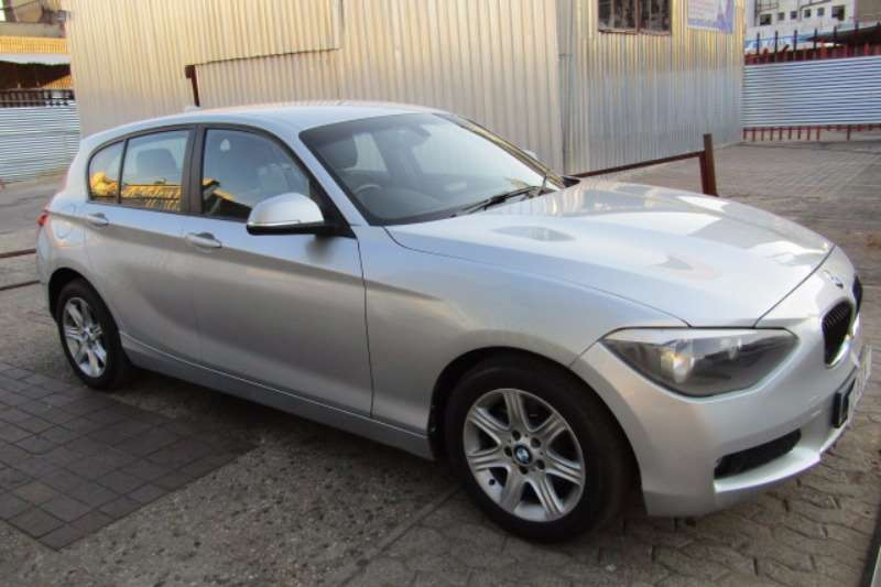 BMW 1 series 116i 2014 photo - 5
