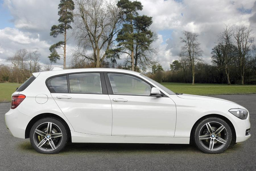 BMW 1 series 116i 2014 photo - 7