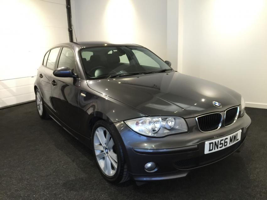 BMW 1 series 118d 2007 photo - 2