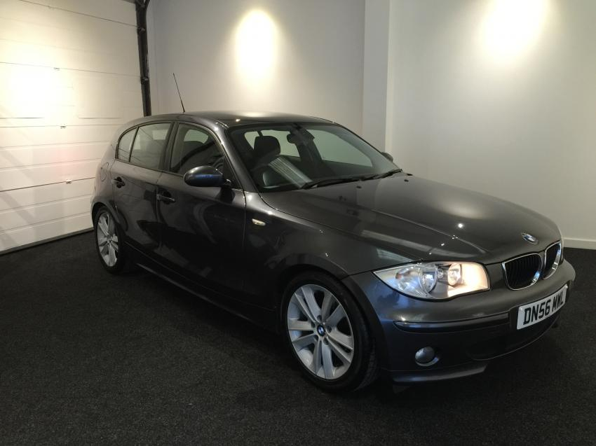 BMW 1 series 118d 2007 photo - 6