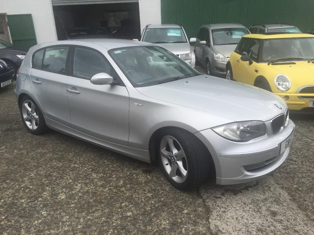BMW 1 series 118d 2007 photo - 8