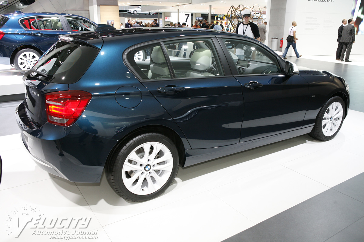 BMW 1 series 118d 2012 photo - 2