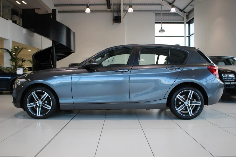 BMW 1 series 118d 2013 photo - 3