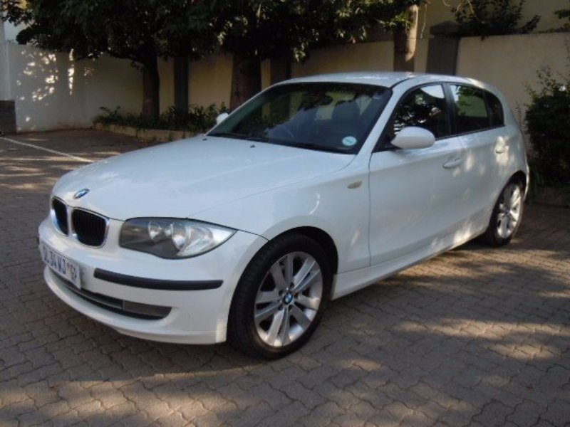 BMW 1 series 118i 2008 photo - 10