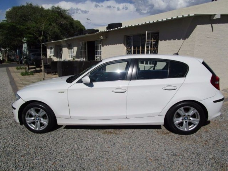BMW 1 series 118i 2008 photo - 6
