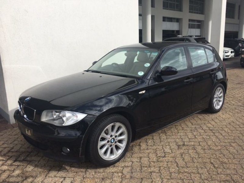 BMW 1 series 118i 2008 photo - 9