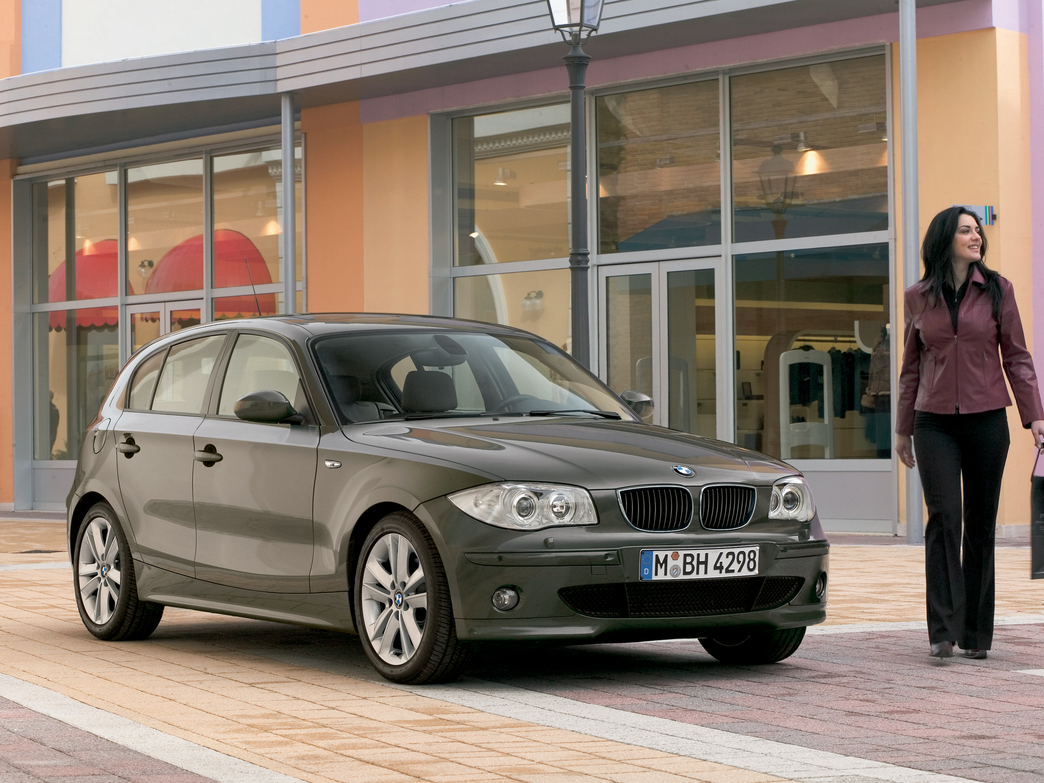 BMW 1 series 120d 2004 photo - 12