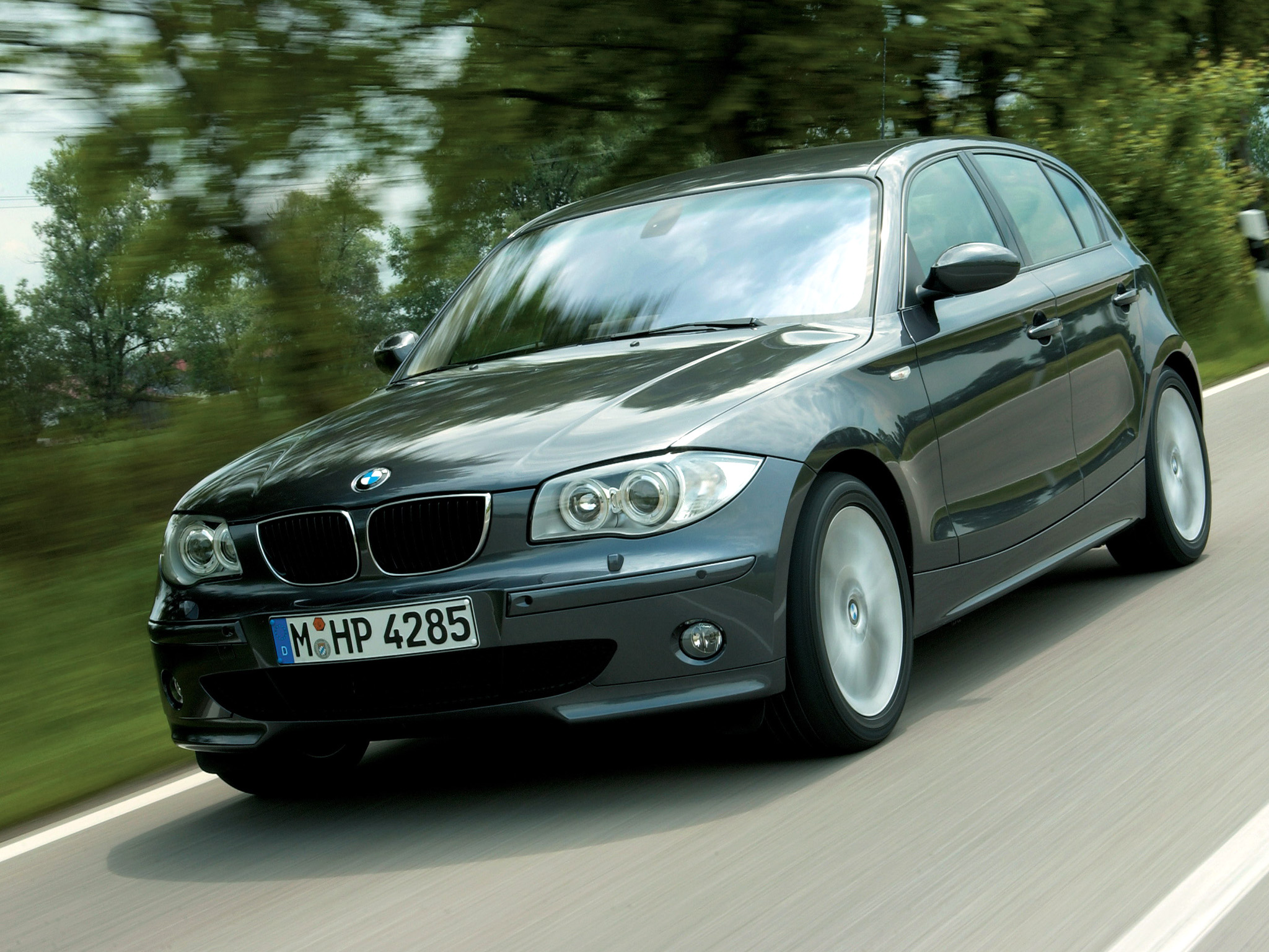 BMW 1 series 120d 2004 photo - 6