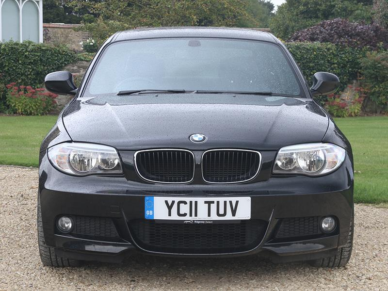 BMW 1 series 120d 2011 photo - 10