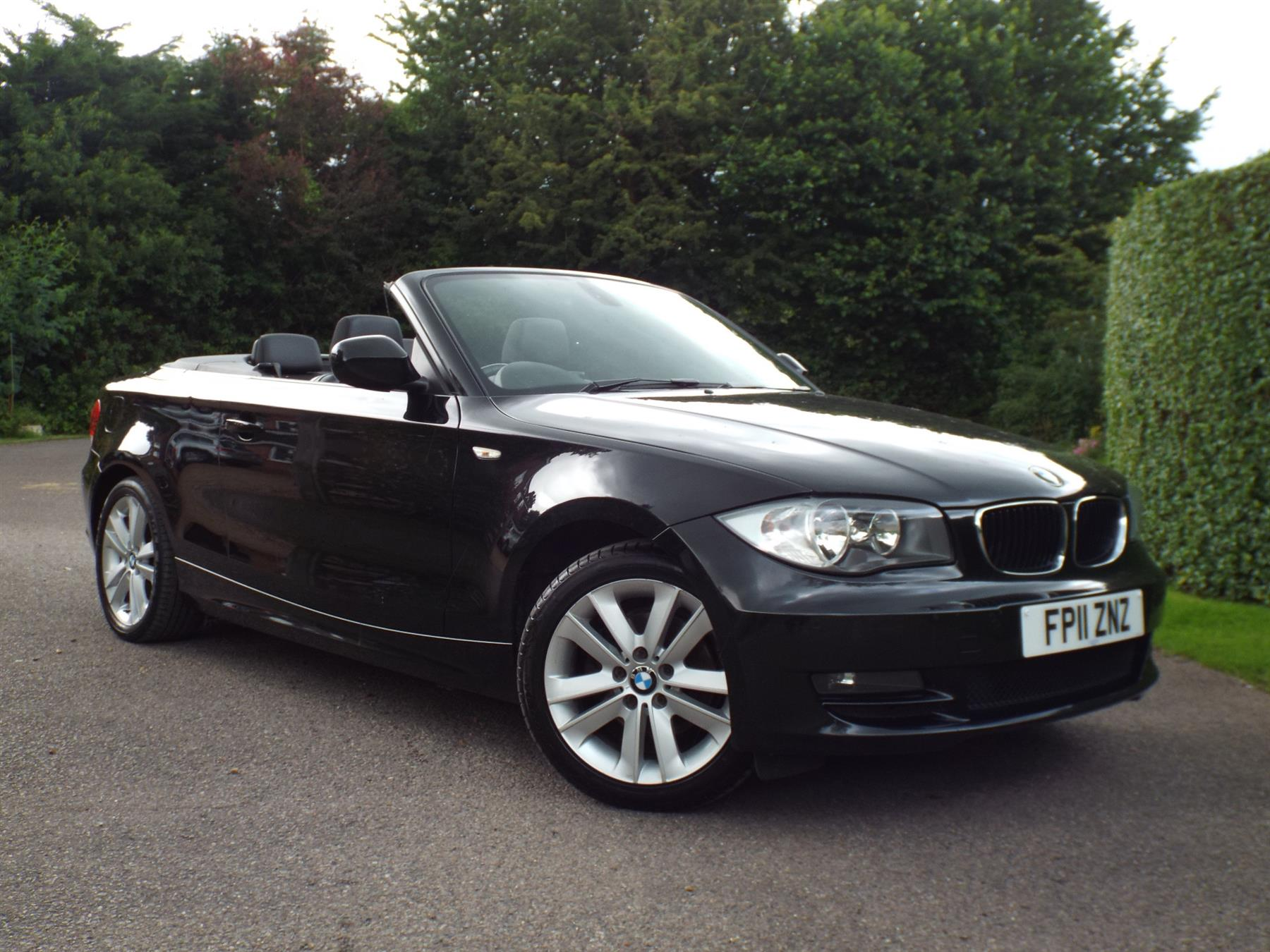 BMW 1 series 120d 2011 photo - 3