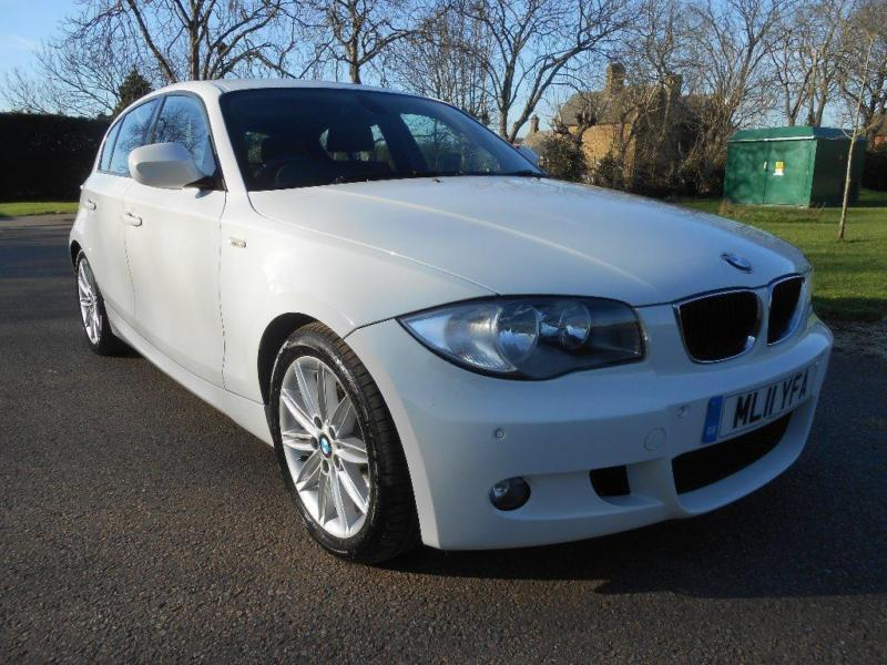 BMW 1 series 120d 2011 photo - 9
