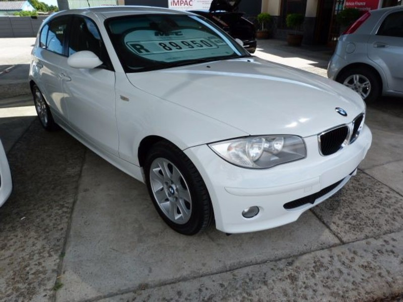 BMW 1 series 120i 2006 photo - 2